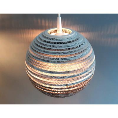 Sufitowa biała lampa wisząca z tektury MOON 45 lampa ekologiczna SOOA